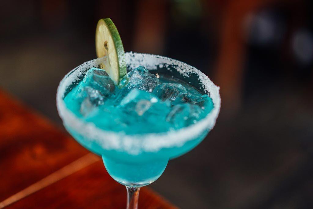 入門cocktail-Blue-Hawaii